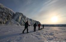 Randonnée raquettes sur le glacier de Larsbreen et visite de la grotte de glace